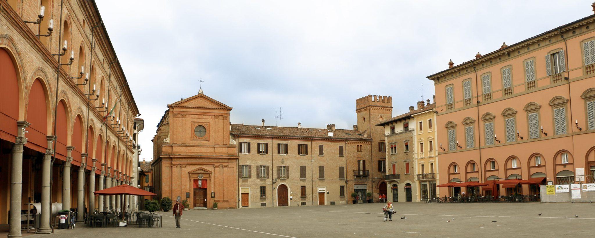 Piazza di Imola