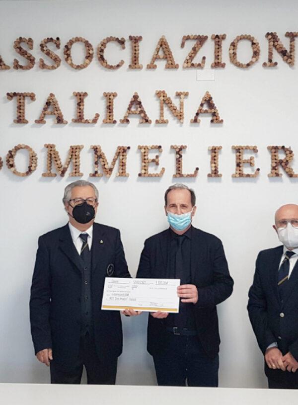 AIS Romagna dona 1.300 euro all'IRST